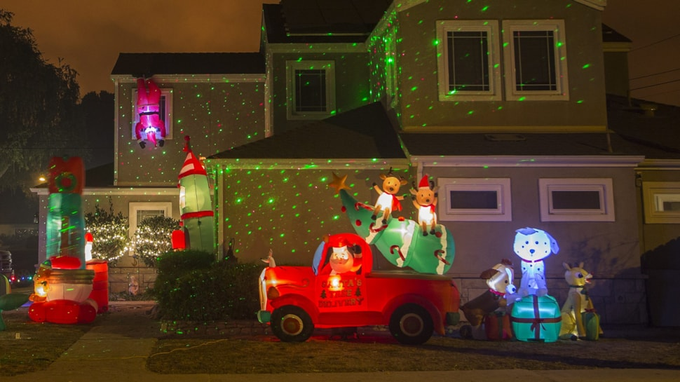 Fun Christmas Light Shows For 2017