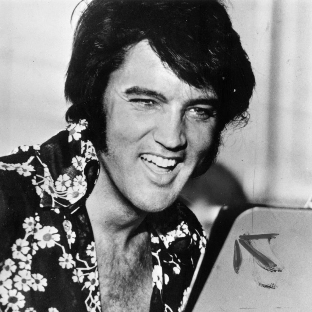 Download Film Elvis Presley The Searcher 2018